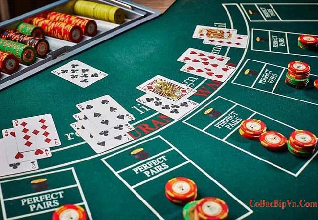 chơi cờ bạc ngày Tết